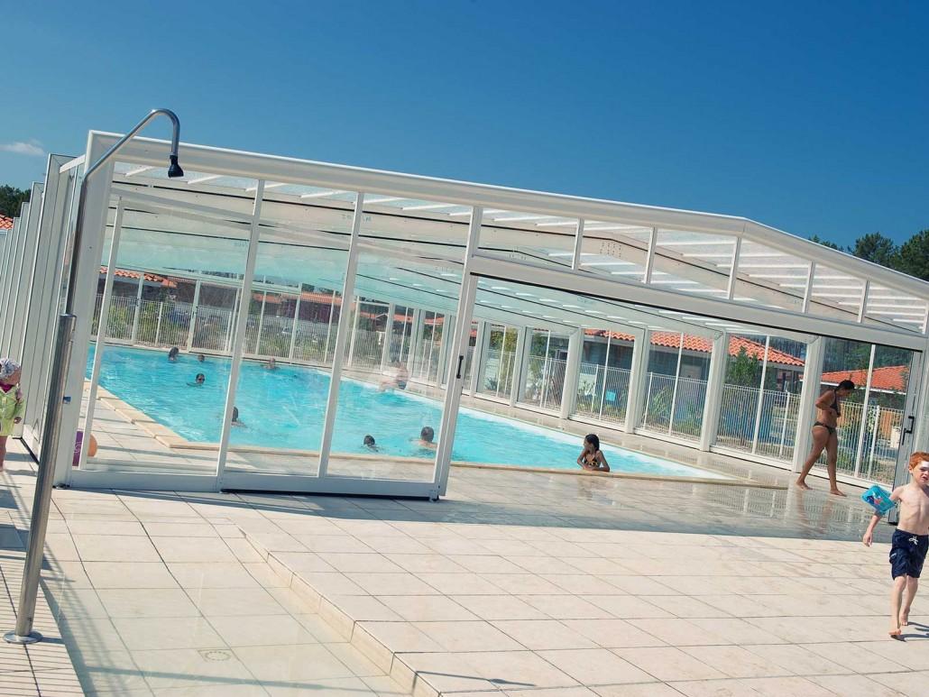 Les espaces aquatiques au grands lacs resort for Village vacances avec piscine couverte